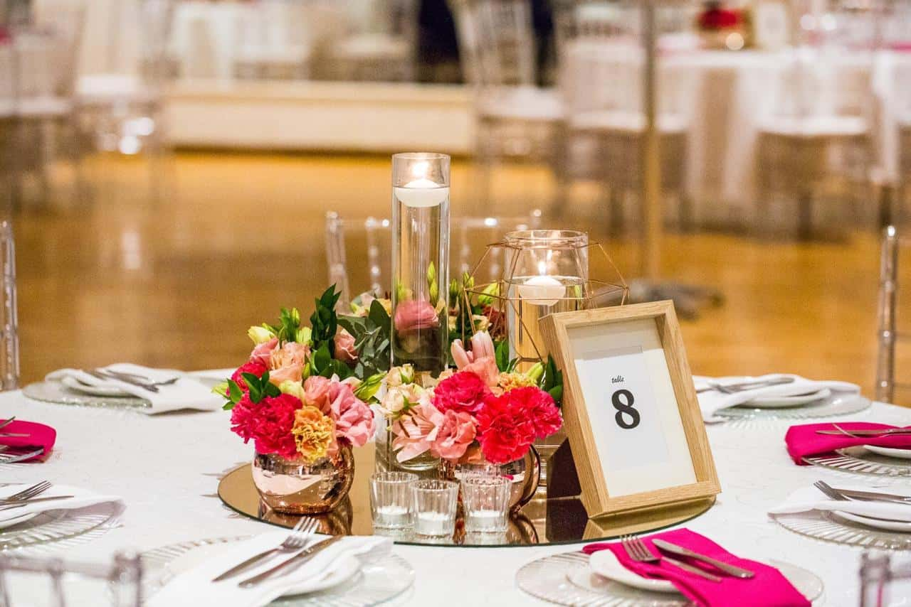 Floral centrepiece with table numbers