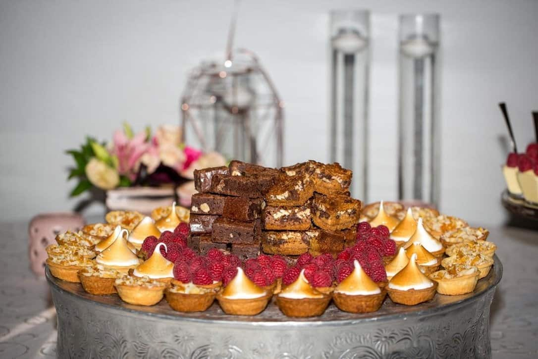 desserts on round plate
