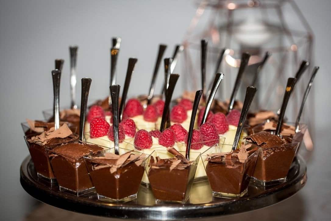 desserts with a spoon in each